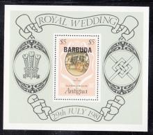 Barbuda MNH Scott #500 Souvenir Sheet $5 The Glass Coach Overprinted Barbuda - Royal Wedding - Antigua Et Barbuda (1981-...)