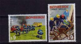 Uruguay. Sapeurs-Pompiers. 2 T-p Neufs ** Yvert # 1932/33.  Cote 10.00 €. PRIX REDUIT ! - Uruguay