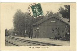 Carte Postale Ancienne La Valbonne - La Gare - Chemin De Fer - Francia