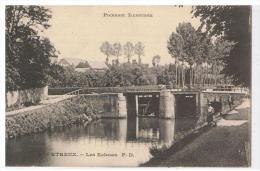 Etreux Le Canal L écluse - Chateau Thierry