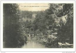 MONTSAUCHE-LES-SETTONS(58 )1928-le Lac-la Passerelle-animée - Montsauche Les Settons