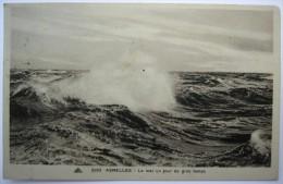 14 : Asnelles - La Mer Un Jour De Gros Temps - Autres Communes