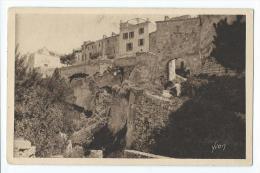 Les Baux - Les Remparts - Les-Baux-de-Provence