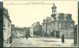 Neufchatel-en-bray.- Place Du Marquis., Caisse D'épargne   - Bcq88 - Neufchâtel En Bray