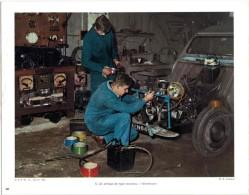 Photo -  Reproduction - électricien - Réparation D'une 2 CV - Voiture - Repro's