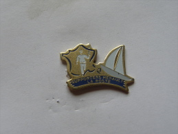 Pins La Poste Supporters Herault - Postes