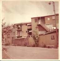 CASAS EN UN BARRIO DE MONTEVIDEO  URUGUAY  FOTO 9 X 9 CM  COLOR   OHL - Objets