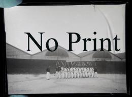 Lyon 1901  Fort Lamothe - Groupe  De Tirailleurs Devant La Caserne - Plaque De Verre Photo Photographie Militaire - Plaques De Verre