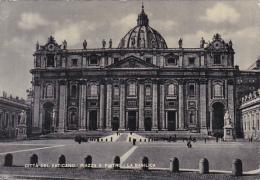 Italy Roma Rome Piazza San Pietro La Basillica