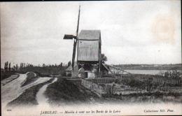 45 - JARGEAU - MOULIN A VENT SUR LES BORDS DE LA LOIRE - Jargeau