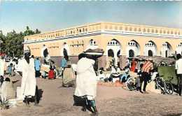 Mai13 2004 : Tchad  -  Fort-Lamy  -  March�