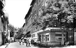 66 VERNET LES BAINS RUE DES BAINS ET HOTEL MODERNE - Autres Communes