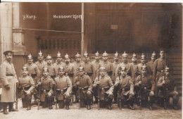 Carte Postale Photo Militaire Allemand - HANNOVER (Allemagne) 7ème Korp.27-01-1917-Groupe Soldat-Casque - VOIR 2 SCANS - - Hannover