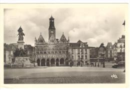 I250 Saint Quentin - La Grande Place / Viaggiata 1965 - Saint Quentin
