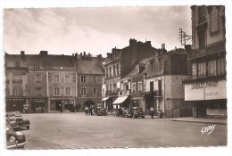 Sablé-sur-Sarthe-Place Raphaël Elisé-(voitures  Traction -202)-(Réf.4767) - Turismo