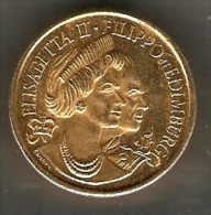 ELISABETTA II FILIPPO DI EDIMBURGO ITALIAN COMMEMORATIVE MEDAL - Royal/Of Nobility