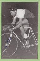 M. CLARY (?) à Identifier , Autographe, Dédicace. 2 Scans. Photo Picoche - Cyclisme