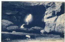 DEPT 17 : Sous Les Rochers De Vallieres - France