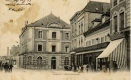 10 ROMILLY-SUR-SEINE - Hôtel De Ville - Animée, Bazar - Dos Non Divisé - Romilly-sur-Seine