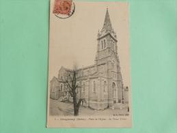 VAUGNERAY - Place De L'Eglise, Le Vieux Tilleul - Frankrijk