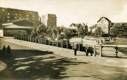 92-ASNIERES...SQUARE SYLVAIN...CPSM PETIT FORMAT ANIMEE - Asnieres Sur Seine