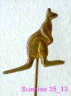 Animals: Kangaroo - Wallaroo - Hopper - Roo / Old Soviet Badge_035_an2242 - Animals