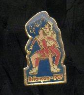 PINS PIN'S VILLE REGION BRIANCON PCF POLITIQUE  GALA PATINAGE ARTISTIQUE - Villes