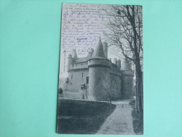 Environs De Saint Paul De Léon - Chateau De KEROUZERE - Saint-Pol-de-Léon