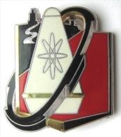 INSIGNE DU DEPOT D'ARMES ET MISSILES STRATEGIQUES DAMS 11 / 95 APT  Y. DELSART ETAT EXCELLENT - Armée De Terre