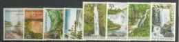 PAPOUASIE.Paysages De Papouasie.  8 T-p Neufs ** Bonne Qualité.  Cote 12,50 € (Geyser Ile Fergusson,chutes D´eau,etc) - Islands