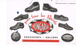 Chaussures Et Ballons Hungaria - Sports