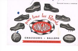 Chaussures Et Ballons Hungaria - Sport