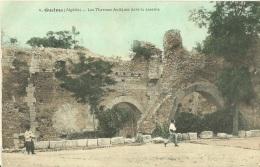 43 - GUELMA - Les Thermes Antiques Dans La Caserne - 1915 - Autres Villes