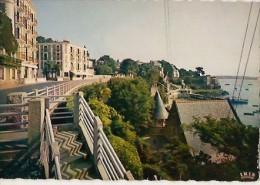 Dinard-avenue George V-le Grand Hotel-cpsm - Dinard