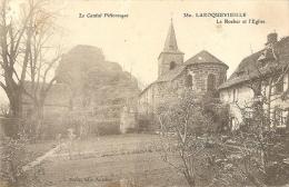 380 - LAROQUEVIEILLE - LE ROCHER ET L'EGLISE - Frankrijk