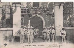 POINTE A PITRE LA CASERNE (MILITAIRES) 1906 - Pointe A Pitre