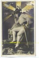 CPA   FRANCE  ARTISTES 1900  , Sarah Bernhart  ,   L' Aiglon , Phot.  P Boyer - Artistes