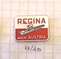 MACHINE : REGINA Wien (Austria Autriche Österreich) Machine Knitting, Strickmaschine, Machine à Tricoter - Trademarks
