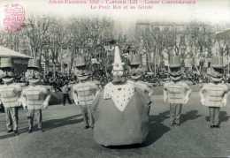 Carte Photo - AIX-EN-PROVENCE  1952 Canaval LII - Corso Carnavalesque : Le Petit Roi Et Sa Garde - Unclassified