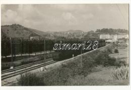 CARTE-PHOTO - TRAIN EN ESPAGNE - Gares - Avec Trains