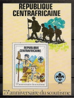 SCOUTS - REPUBLICA CENTROAFRICANA 1982 - Yvert #H53 - MNH ** - Movimiento Scout