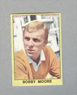 BOBBY MOORE...CALCIO...ENGLAND.....EDIS..PANINI... WORL CUP...FOOTBALL - Trading Cards