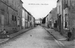 LE PIN RUE D ENFER ANIMEE - France
