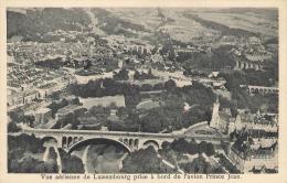 Vue Aérienne De Luxembourg Prise à Bord De L'avion Prince Jean. - Cartes Postales