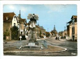 CP -  BERLAIMONT (59) Le Monument Aux Morts Rue Du 5 Novembre - Autres Communes