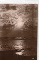 Contre La Lumiere: Crepuscule (le Touquet Paris Plage) - Halt Gegen Das Licht/Durchscheink.