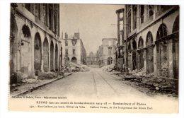 Cp , Militaria , REIMS Dans Ses Années De Bombardements 1914-1918 , Rue Colbert - Guerre 1914-18