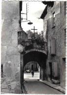 Carte Postale 84. Caromb  Vieille Porte  Trés Beau Plan - Frankreich