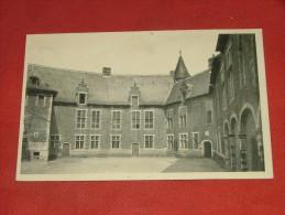 SINT-PIETERS-RODE -  RHODE-SAINT-PIERRE  -  Le Château, Cour D´honneur - Holsbeek