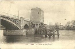 11 - POISSY - Le Pont Et Le Vieux Moulin - 1906 -  (Noir Et Blanc) - Poissy